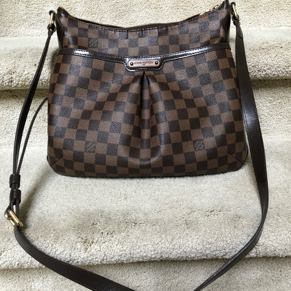 d891f02200 Louis Vuitton Handbags - Authentic Louis Vuitton Bloomsbury PM Crossbody